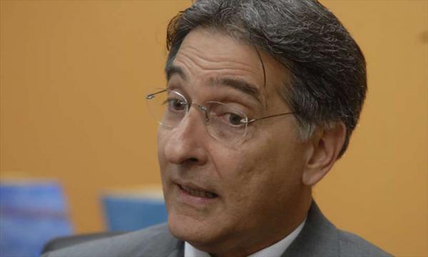 Pimentel vira réu por acusação de comando de esquema de caixa dois