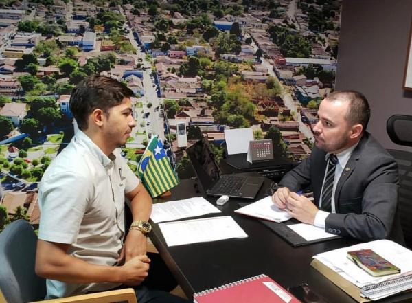 Felipe Dias solicita providências ao Dep. Fábio Novo para o funcionamento do INSS de Cristino Castro