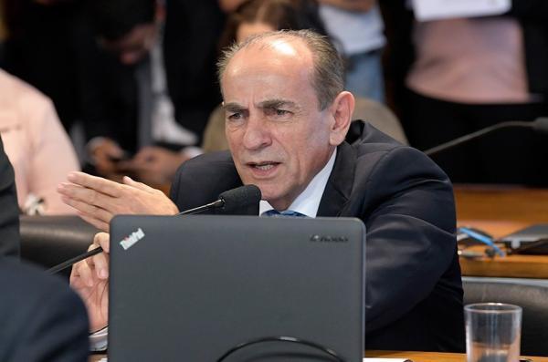 Marcelo Castro propõe audiência para criação da Semana Nacional da Pessoa Idosa