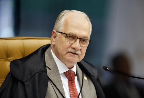 Fachin vota por tornar parlamentares do PP réus na Lava Jato