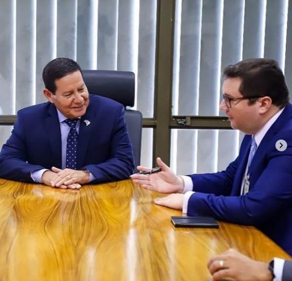 Fábio Sérvio se reúne com vice-presidente Mourão em Brasília