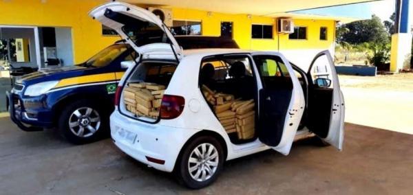 Veículo com placa clonada de Teresina é apreendido com 600kg de drogas