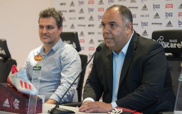 Balotelli decidiu 'com coração' e aceitou proposta menor que a do Flamengo, diz jornalista