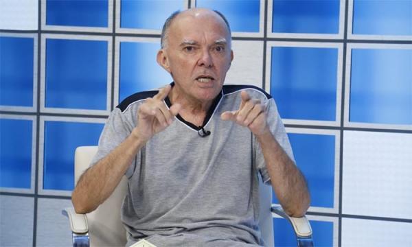 Parceiro de Belchior, Jorge Mello traz turnê de 50 anos para Teresina