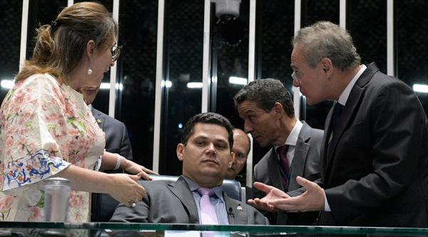 O Presidente do Senado  Alcolumbre que é Judeu Ortodoxo é acusado de usar o Programa Bolsa Família para se eleger em 2014,acusa o MPE.