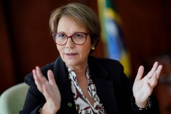 Ministra critica corte radical de subsídio: 'Vamos quebrar a agricultura?'