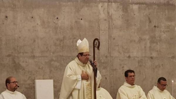 Padre diz que Bispo em SP pediu R$ 50 mil para uso pessoal